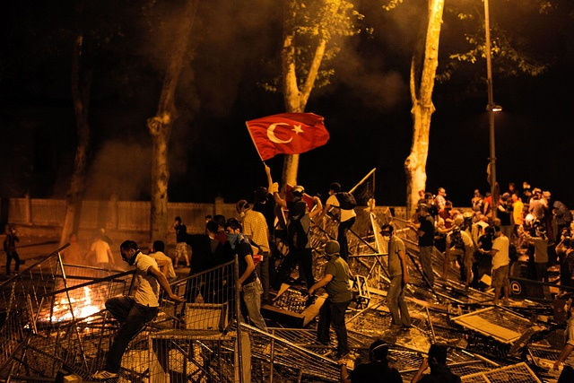 People demonstrating against the demolition of Gezi Park, June 2013 (photo by Gurcan Ozturk)
