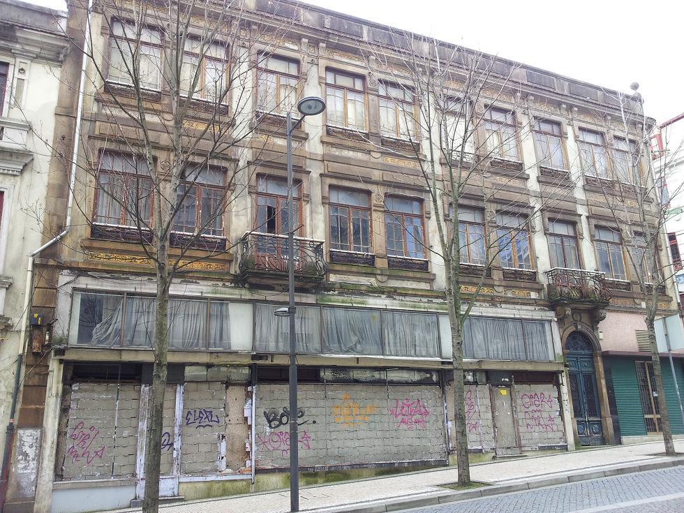 Porto Unesco Heritage Or Ruin Theprotocity