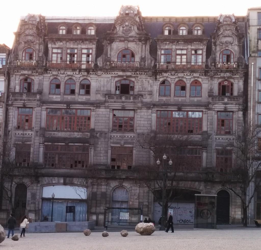 Ruin on the Avenida dos Aliados