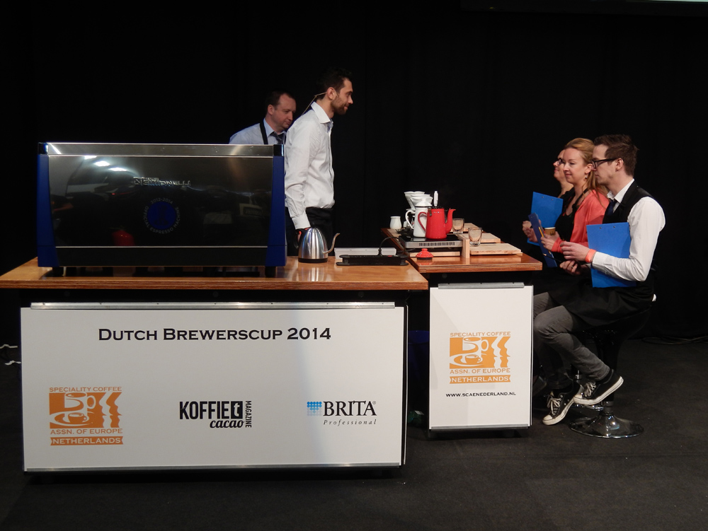 Demonstration of making filtered coffee at the Amsterdam Coffee Festival (Photo: Jan Rath)