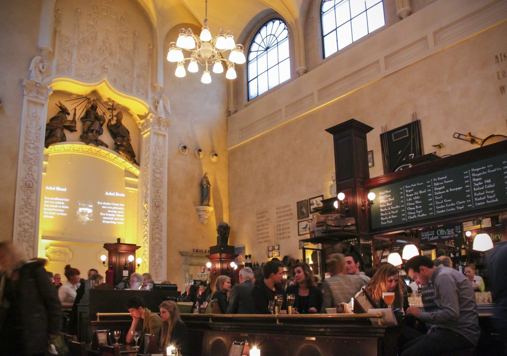 Cafe Olivier in Utrecht. Source: Flickr user Kotomi