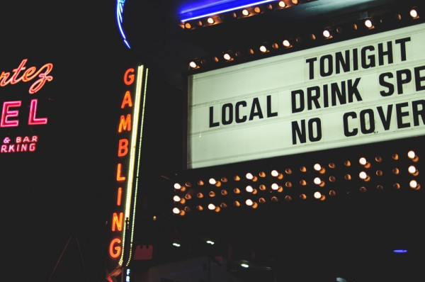 Gambling and drink specials in Downtown Las Vegas (Photo: Adam Nowek)