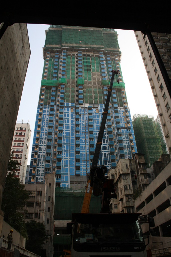 Construction of a new high-rise in Catchick Street (Photo: Isabella Rossen)