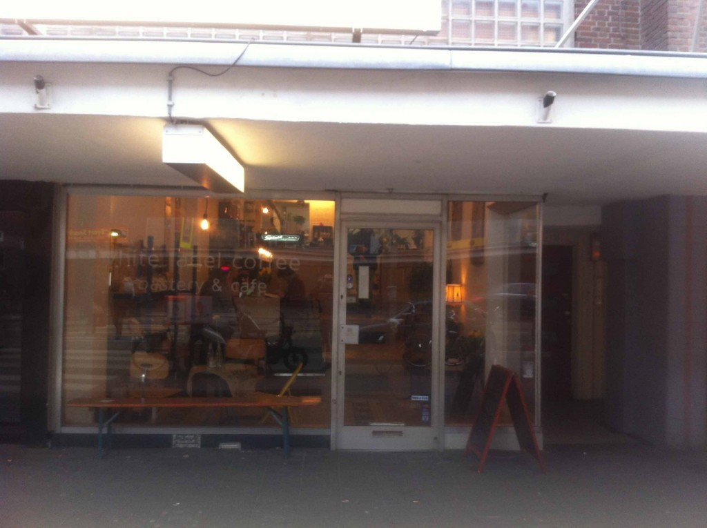 White Label Coffee is one of the few specialty coffee bars located in de Baarsjes.  (Photo: Wietze Gelmers, Amsterdam)