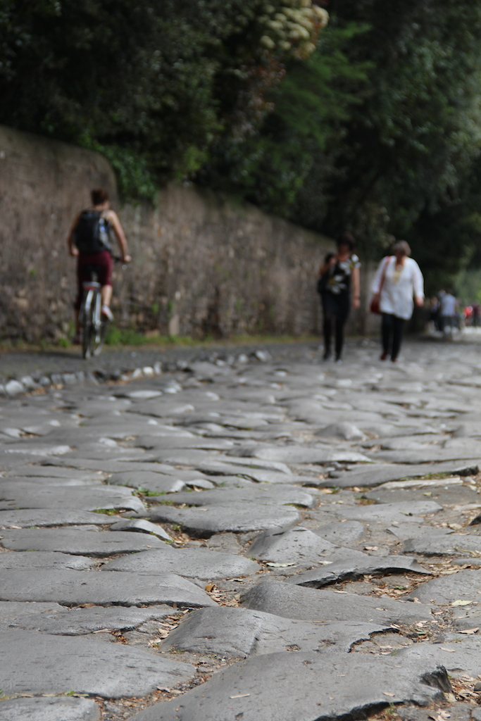 A heavy cobbled section at the Via Appia (Picture by Erik van Rijn, 2015)