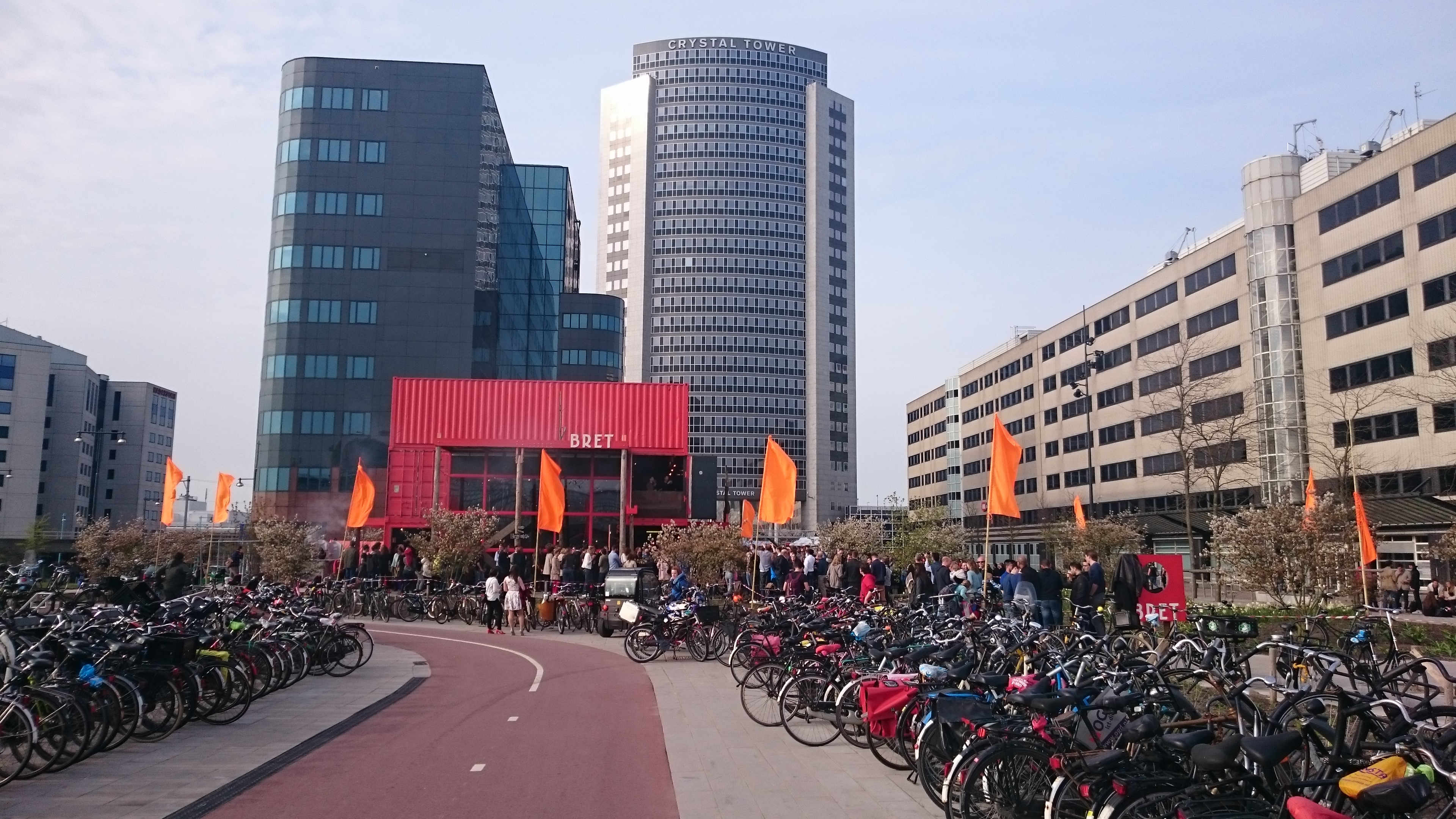 Bret beer bar. Part of the redevelopment of the Sloterdijk station area. Photo: author