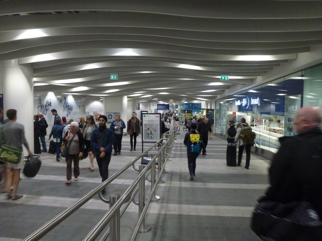 Passenger concourse of the redeveloped New Street station (Photo: Marco Bontje)