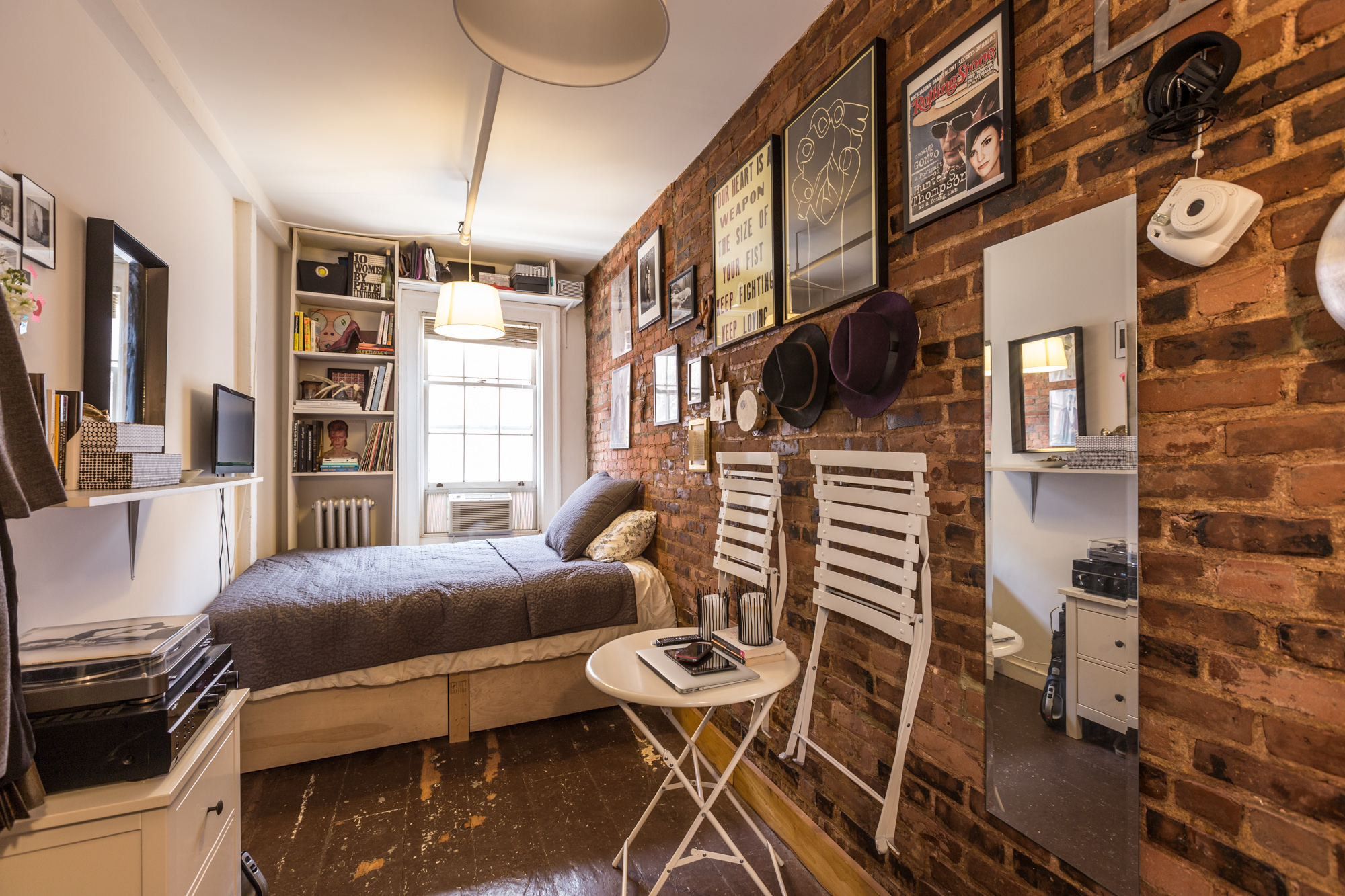 Inside a NYC Mirco Apartment (picture by Curbed New York)