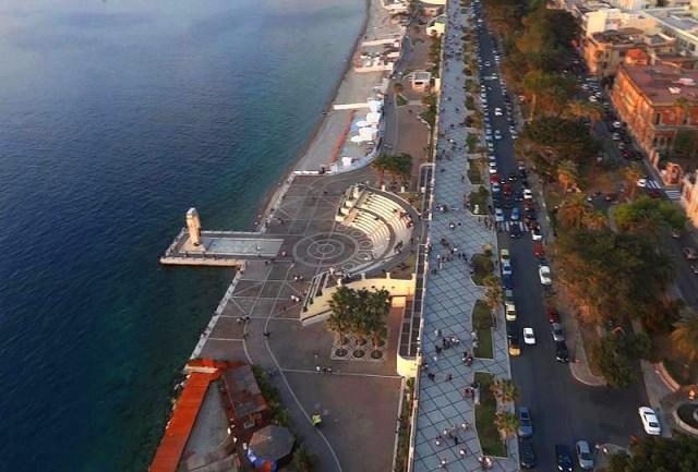 Reggio Calabria's seafront: a bird's eye view. Picture by Reggio Calabria Turismo