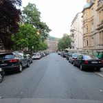 Unnoticed by many, noticed by a few: cars are generally parked on both sides of the street (own picture)