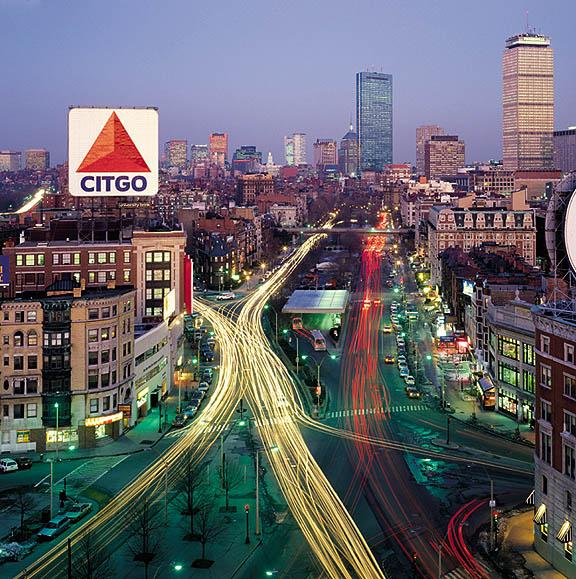 Signs of the World: Citgo Sign, 660 Beacon Street, Kenmore Square, Boston (https://landmarksignsincblog.wordpress.com, 23.07.2013)