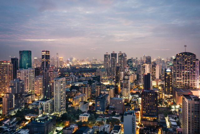 Global processes through a local lens, comparing urban inequality in Toronto and Bangkok.